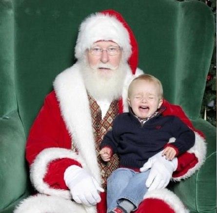 Scared of Santa | Funny, Weird, and Scary Santa Pics & Vids - CreepySantaPhotos.com-1