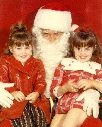 Scared of Santa | Funny, Weird, and Scary Santa Pics & Vids - CreepySantaPhotos.com-10