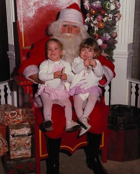Scared of Santa | Funny, Weird, and Scary Santa Pics & Vids - CreepySantaPhotos.com-11