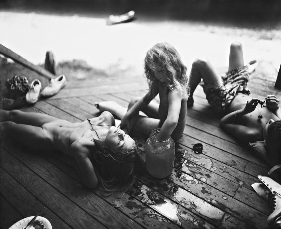 Sally Mann_witnessthis_darkroom-4