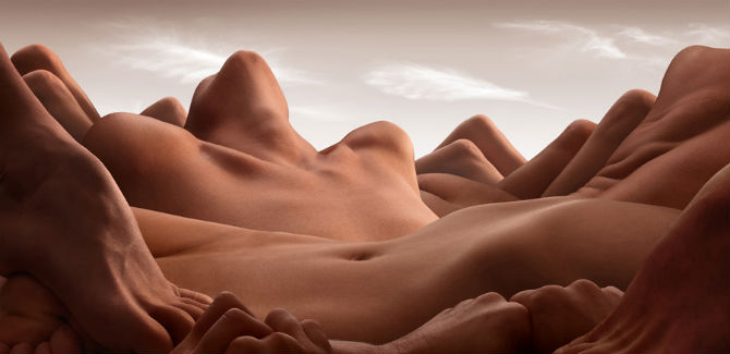 Carl Warner_Valley-of-the-reclining-woman