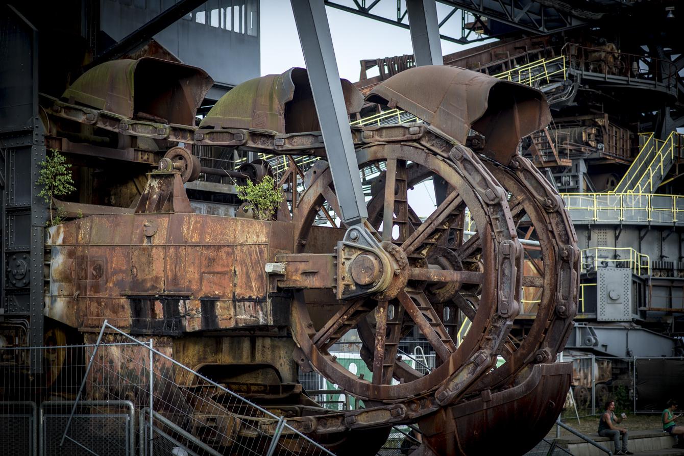 melt! ferropolis machinery at daylight