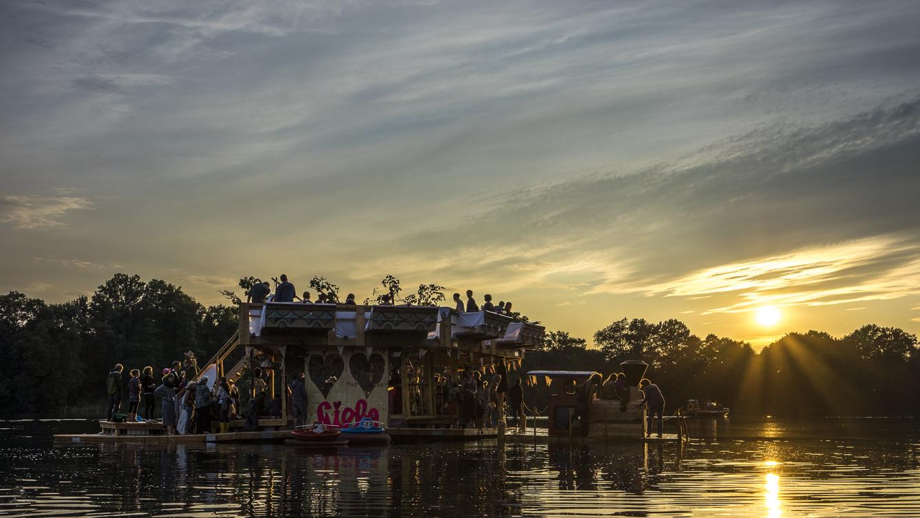 Festival Summer 2014_lake