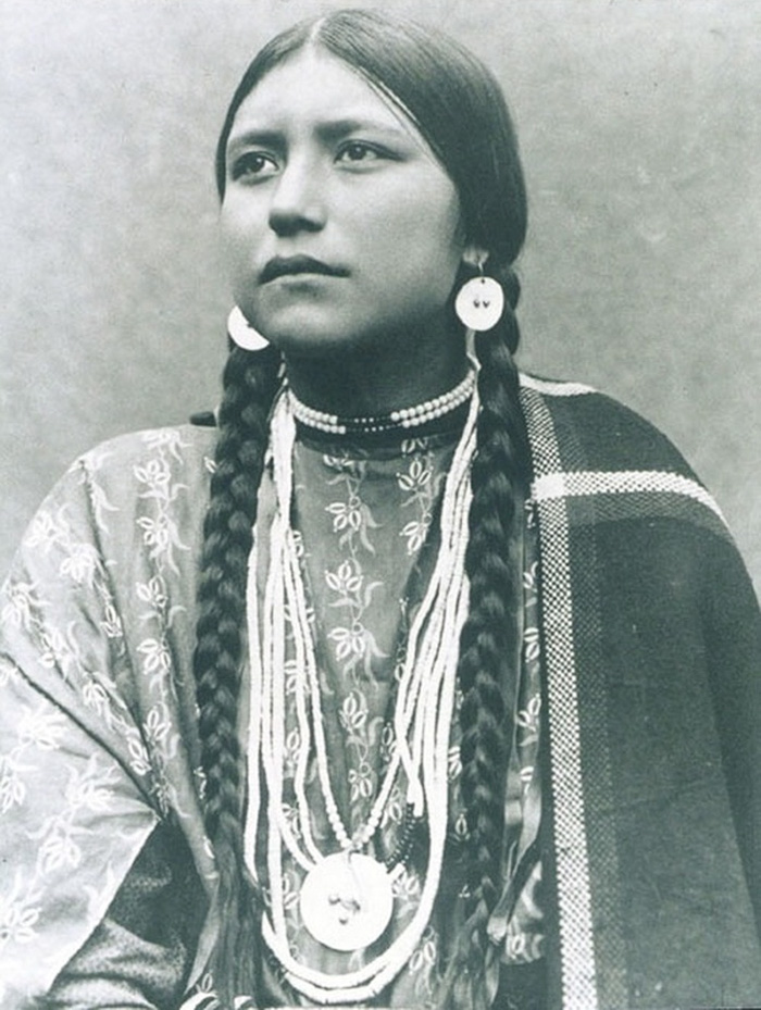 portrait of a native american girl
