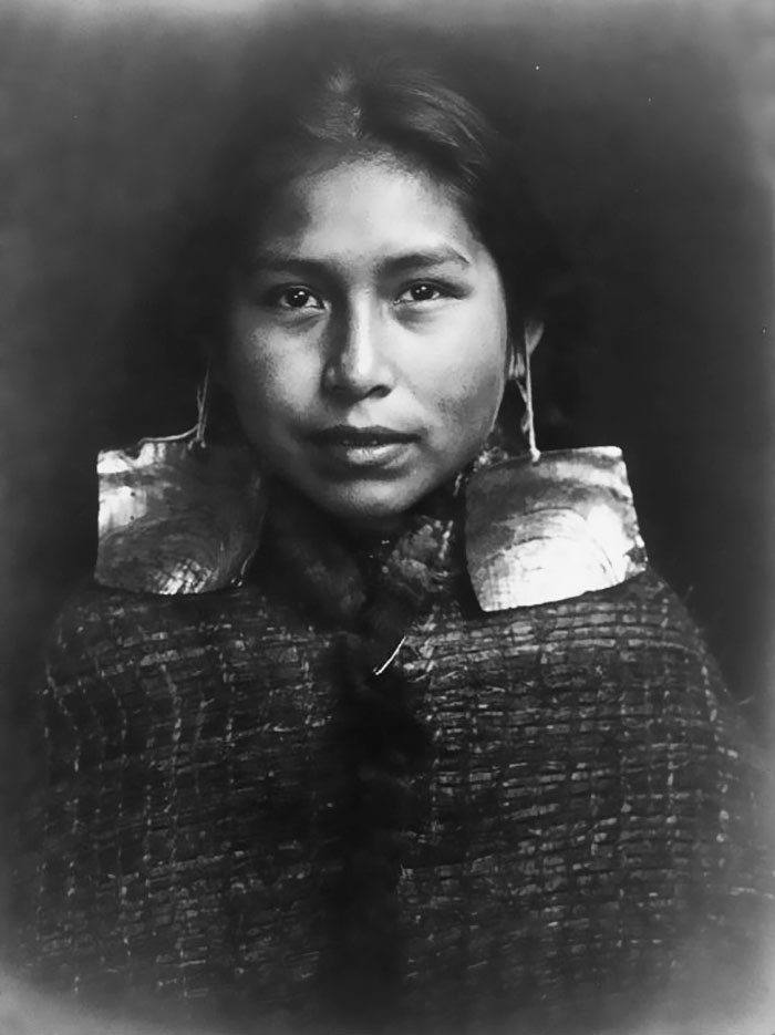 portraits of native american girls