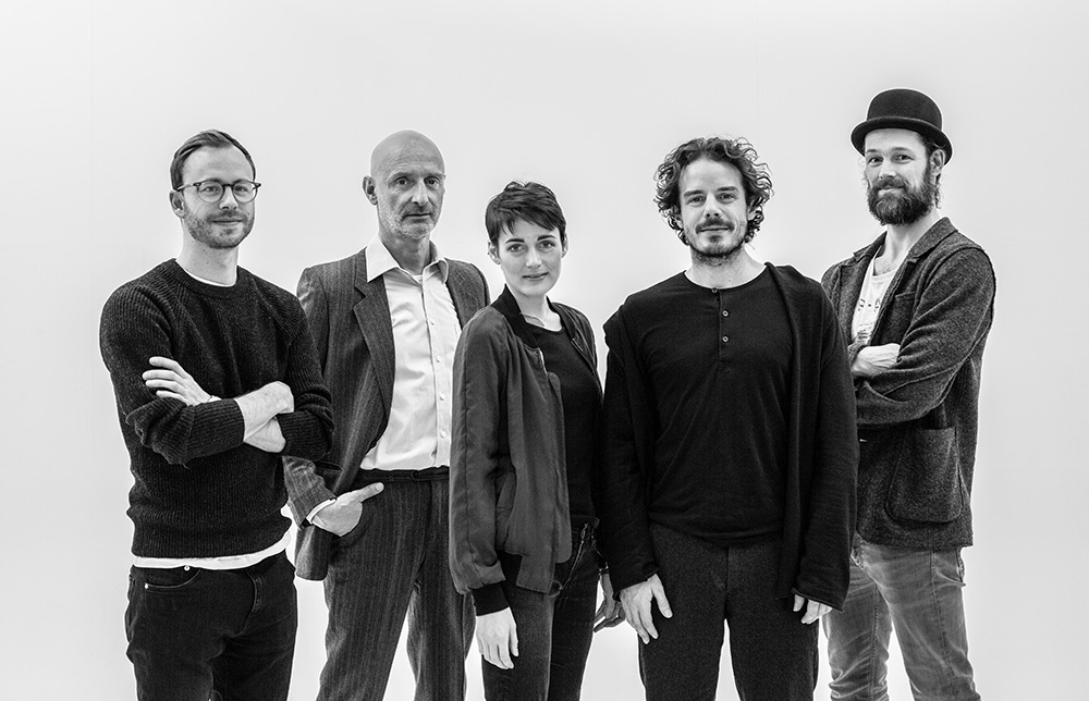 The team behind THE DARK ROOMS (left to right: Tobias Rechsteiner, Jürgen Schwämmle, Clara Cremer, Sven Sauer und Jerry Kowalsky)